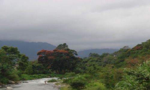 Zdjęcie DOMINIKANA / brak / Jarabacoa / Jarabacoa, u zbiegu rzek