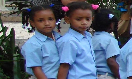 Zdjęcie DOMINIKANA / brak / Santiago / idziemy do szkoły