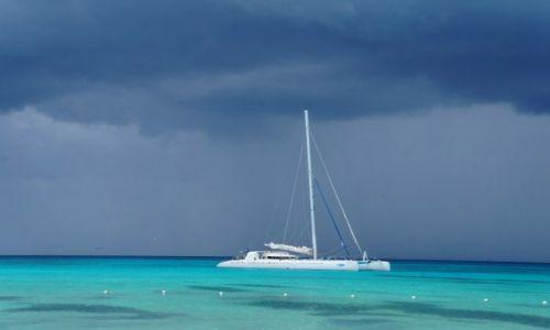 Zdjęcie DOMINIKANA / płd-wsch Dominikany / Wyspa Saona / Boski lazur i grant na niebie