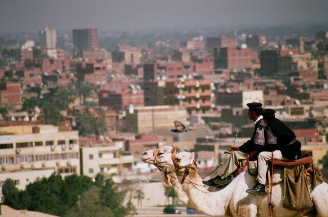 Zdjęcia: Kair, Porządkowi w Gizie, EGIPT