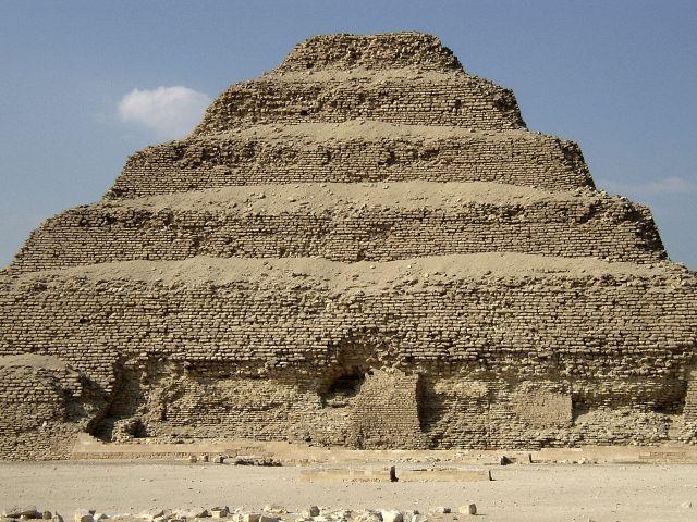Zdjęcia: Sakkara, Okolice Kairu, Piramida schodkowa, EGIPT