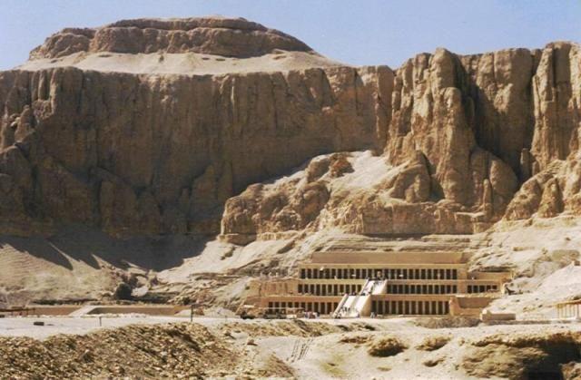 Zdjęcia: Dolina Królowych, Egipt południowy - Teby, Świątynia Hatszepsut, EGIPT