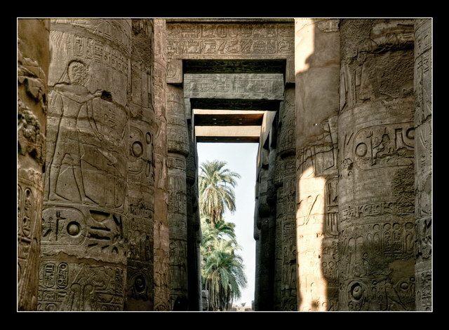Zdjęcia: Ipet-isut, Show me the way..., EGIPT