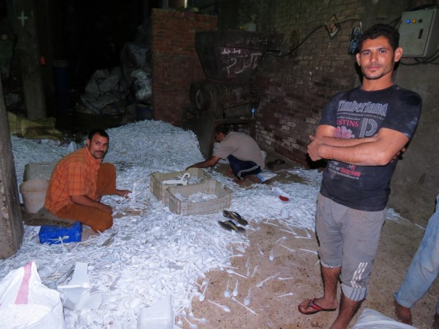 Zdjęcia: Mukattam, Kair, recycling2, EGIPT