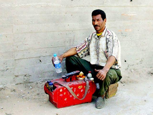 Zdjęcia: Kair, dumny pucybut, EGIPT