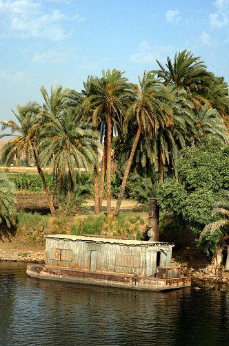 Zdjęcia: Nil, Nil, rejs Nilem-wodoki: statek-domek?, EGIPT