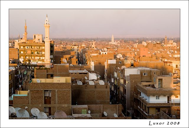Zdjęcia: Luxor, Dachy Luxoru, EGIPT