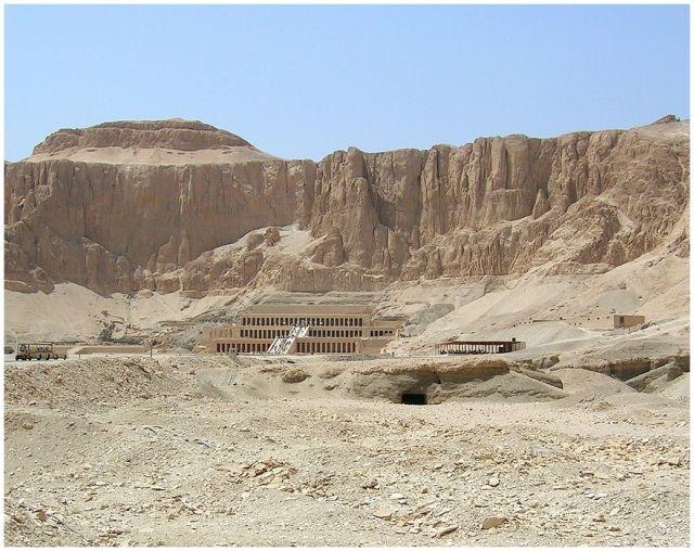 Zdjęcia: Deir el Bahari, Egipt - część wschodnia, Deir el Bahari - światynia grobowa Hatszepsut, EGIPT