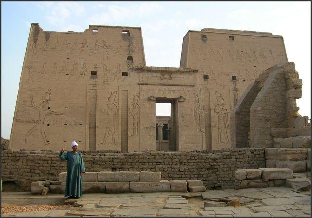Zdjęcia: Edfu, Egipt - część wschodnia, Świątynia Horusa, EGIPT