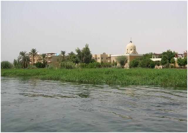Zdjęcia: Nil, Egipt część południowa, Nadnilockie domostwa, EGIPT
