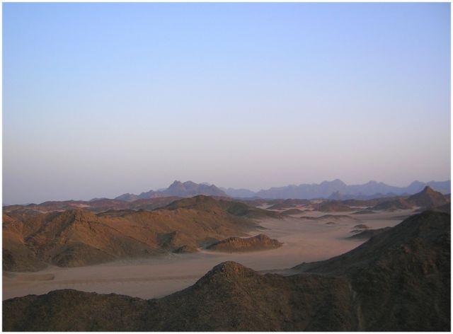 Zdjęcia: Egipt wschodni, Egipt wschodni, Pustynia  Arabska, EGIPT