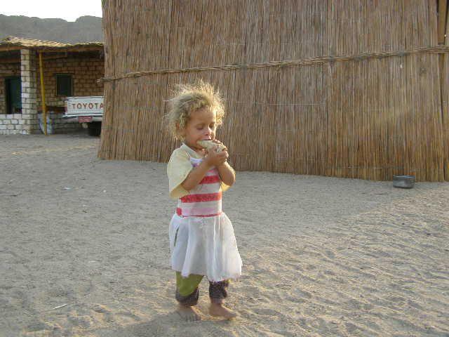 Zdjęcia: pustynia, dziecko pustyni, EGIPT