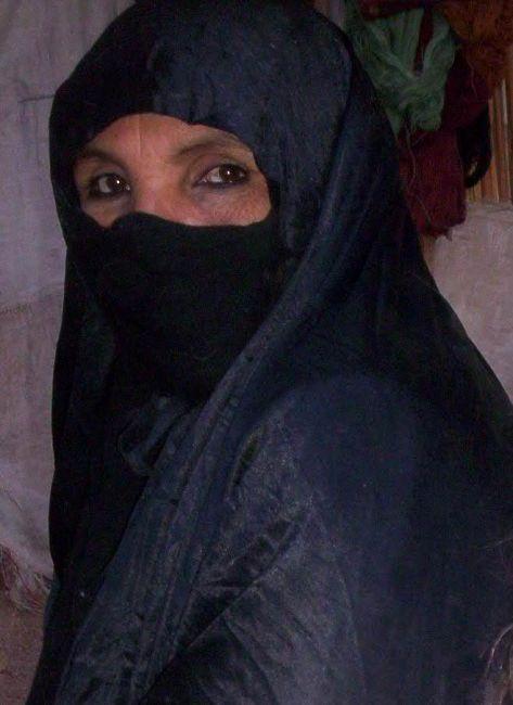 Zdjęcia: Harazmekki, Pustynia Wschodnia, Beduinka, EGIPT