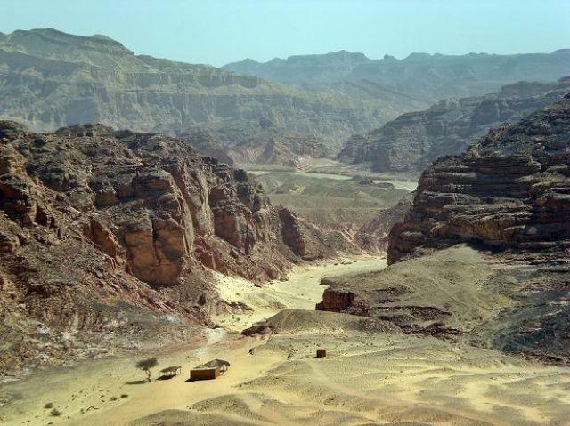 Zdjęcia: Nuwajba, -Synaj południowy, Wejście do kanionu, EGIPT