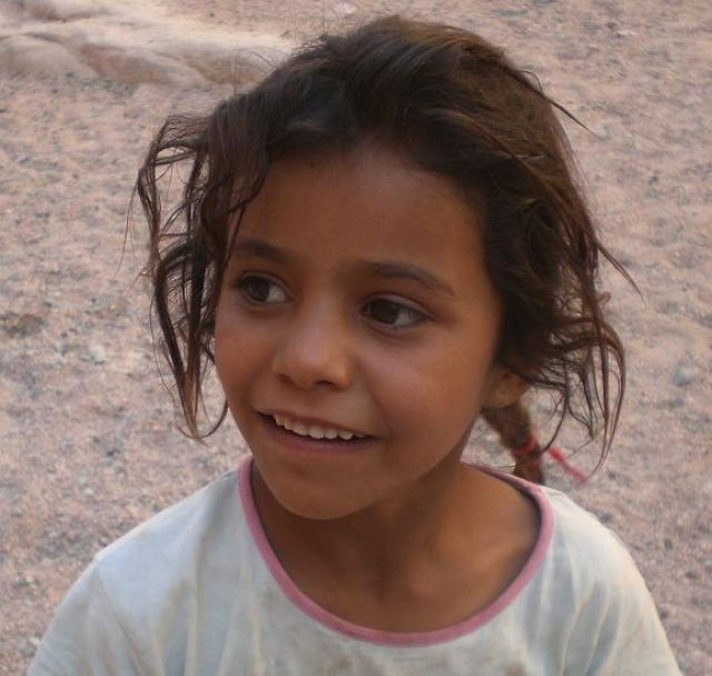 Zdjęcia: Pustynia Synaj, Mała Beduinka, EGIPT