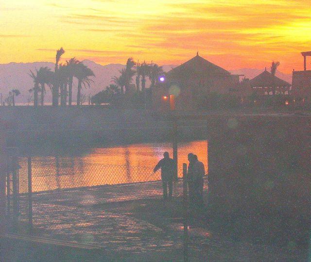Zdjęcia: Taba, Półwysep Synaj, wschód słońca i mgła..., EGIPT