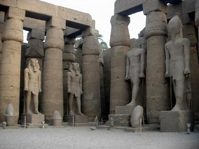 Zdjęcia: Na Nilu Luxor, W świątyni w Karnaku, EGIPT