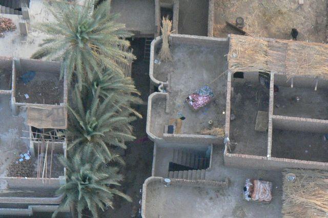 Zdjęcia: okolice Luksoru, Sypialnie pod chmurką, EGIPT