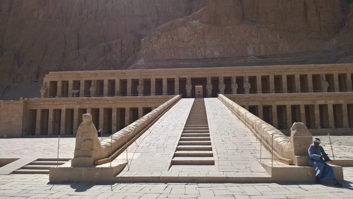 Zdjęcia: Luxor, Luxor, Świątynia Hatszepsut, EGIPT
