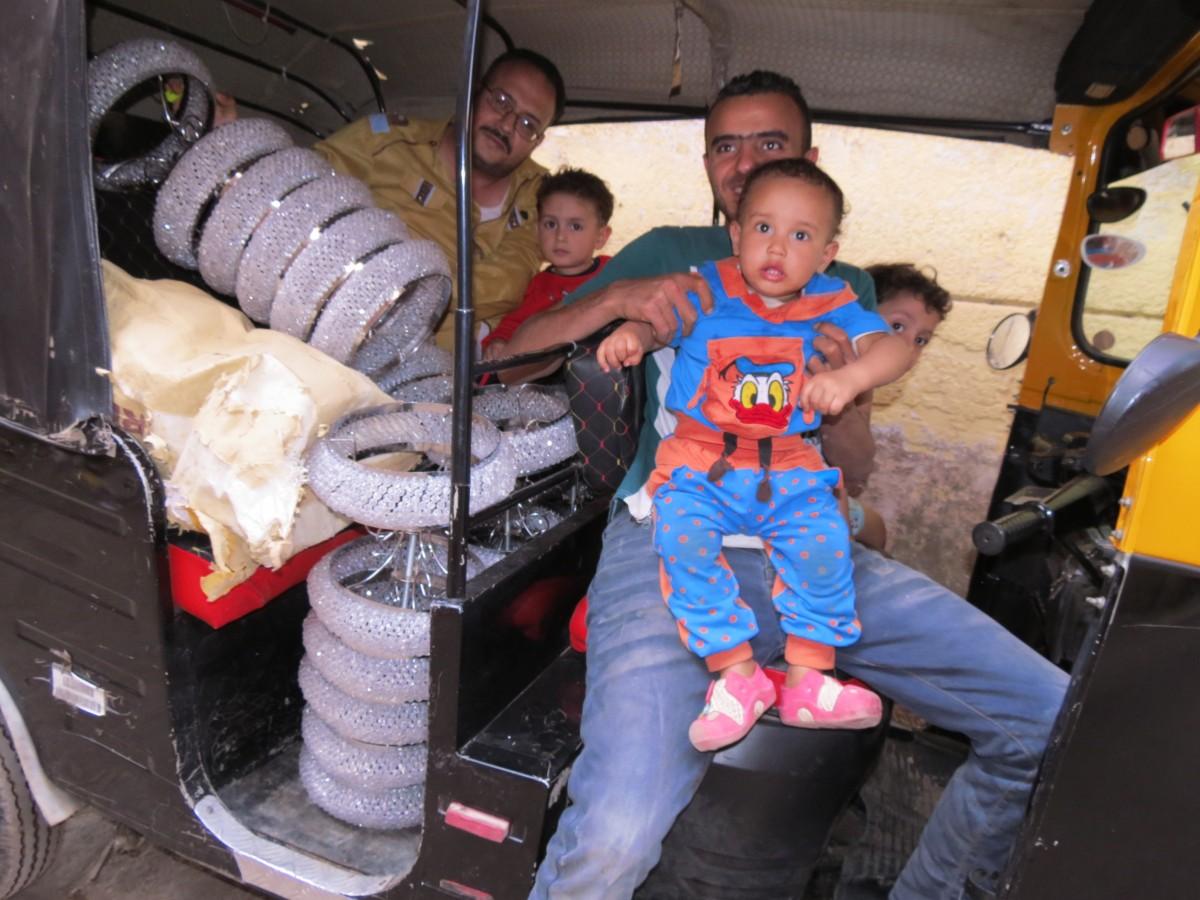 Zdjęcia: Kair, Afryka, m umarłych dzieci, EGIPT