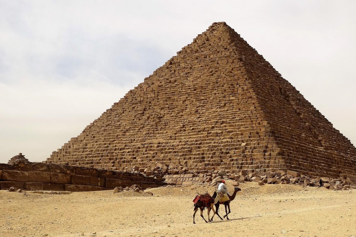 Zdjęcia: Jeden z cudów Świata, Giza, W poszukiwaniu turysty..., EGIPT
