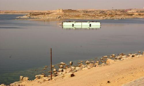 Zdjecie EGIPT / - / Jezioro Nasera / Po drugiej stronie lustra