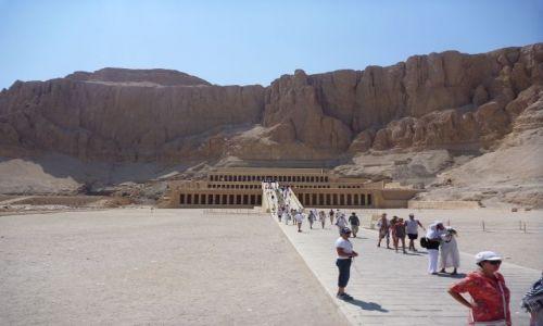 Zdjecie EGIPT / - / Zachodni brzeg Nilu /  Świątynia Hatszepsut