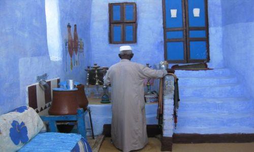 Zdjecie EGIPT / południe Egiptu / wioska nubijska / Nubijczyk