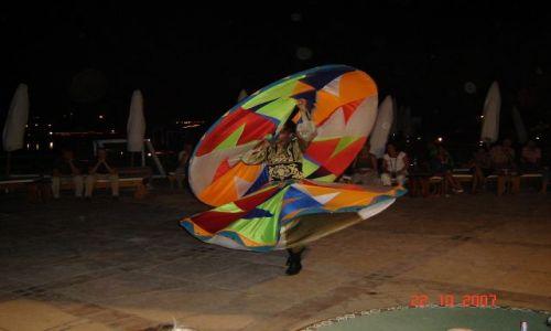 EGIPT / - / Hurghada / Wirujący Derewisz