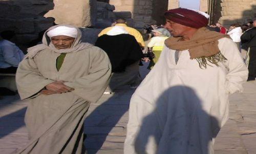 Zdjecie EGIPT / - / Luxor / Tubylcy