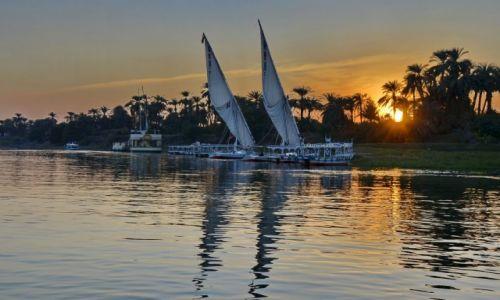 Zdjęcie EGIPT / Luksor / Luksor / Nil wieczorem