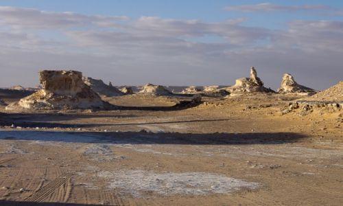 Zdjecie EGIPT / Sahara / Biała Pustynia / Dolina