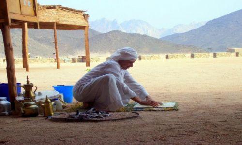 Zdjecie EGIPT / HURGHADA / HURGHADA / Beduin