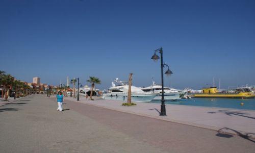 Zdjęcie EGIPT / Hurghada / port Marina / Cała droga dla mnie