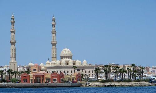 Zdjęcie EGIPT / środkowy Egipt / Hurghada / widok na Hurghadę z morza