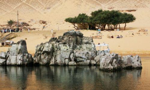 Zdjęcie EGIPT / Asuan / Wioska Nubijska / Nad brzegiem