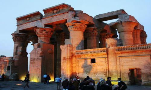 Zdjęcie EGIPT / Wzdłuż Nilu / Kom Ombo / Świątynia Sobka