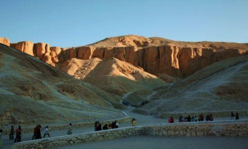 Zdjęcie EGIPT / Teby / Dolina Królów / W drodze do grobowców