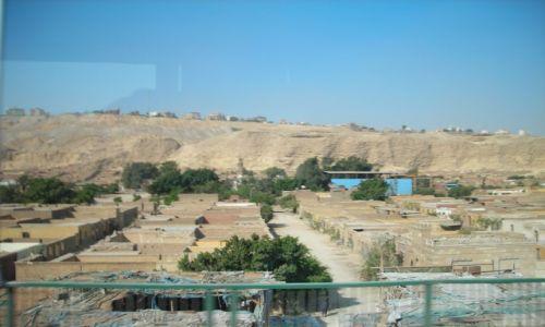 Zdjecie EGIPT / Kair / Kair / Cmentarz-dzieln