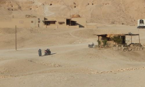 Zdjecie EGIPT / Luksor / Dolina królów / Strażnicy dolin