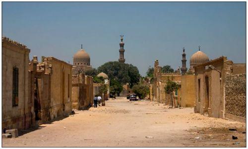 Zdjecie EGIPT / Kair / Ulica / Miasto umarłych