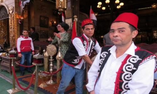 EGIPT / Afryka / Kair / cafe lord kelnerzy