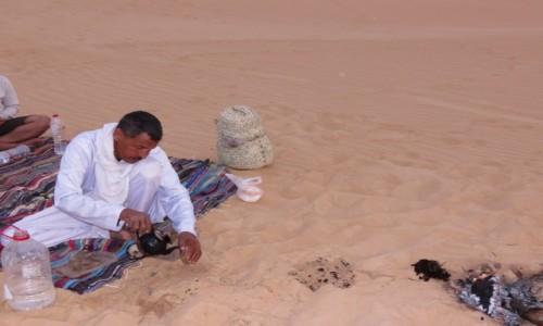 Zdjecie EGIPT / Afryka / Siwa / pustynia herbatka