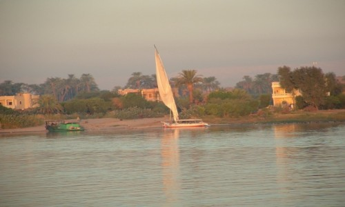 Zdjecie EGIPT / Teby / Teby / Nil retro