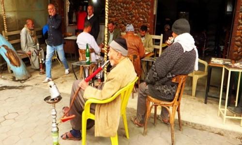Zdjecie EGIPT / Kair / Kair - dzielnica koptyjska / uliczna kafejka