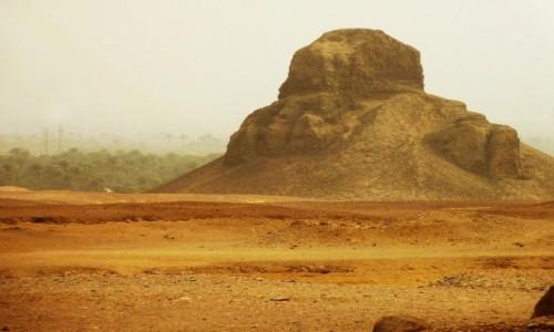 Zdjecie EGIPT / Nekropolia Memficka / Dahszur / Czarna Piramida