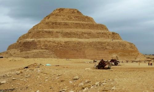 EGIPT / Nekropolia Memficka / Sakkara / Piramida Schodkowa