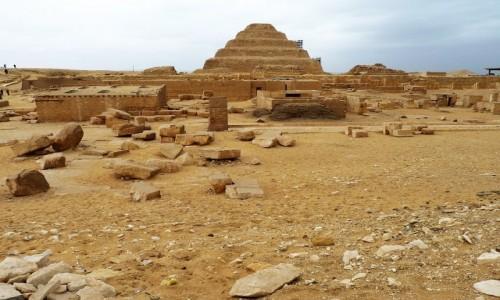Zdjecie EGIPT / Nekropolia Memficka / Sakkara / Piramida Schodkowa