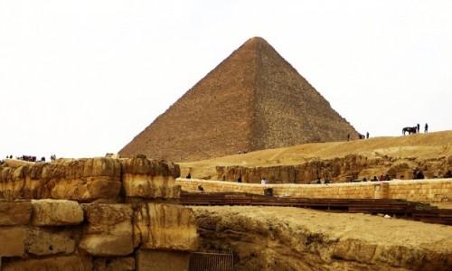 EGIPT / Nekropolia Memficka / Giza / Piramida Cheopsa