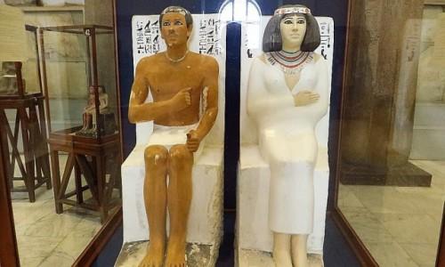 Zdjecie EGIPT / Kair / Kair - Muzeum Egipskie / posag Rahotepa i jego żony Nofret